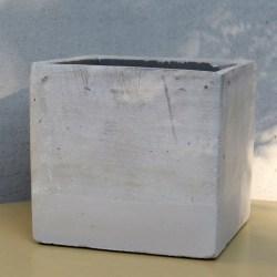 Vaza-betonska